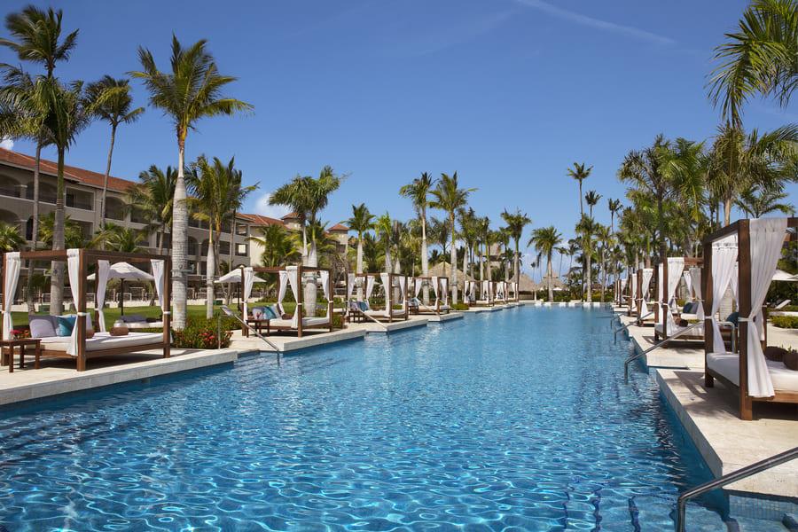 Relax pool - Photo credit Secrets Royal Beach Punta Cana