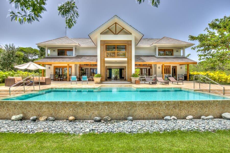 Exterior view of Hacienda 82 - Photo credit Villasofdistinction