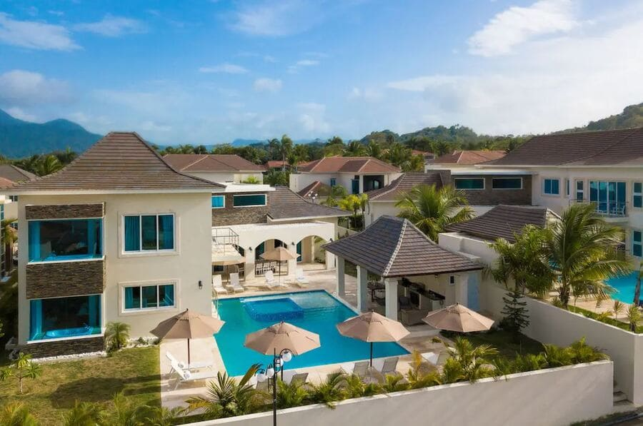 Exterior view of Royal Villas Cofresi 4 All Inclusive - Photo credit Expedia