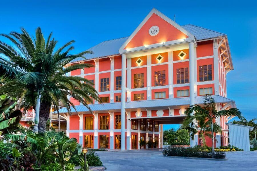 Hotel entrance - Photo credit Pelican Bay at Lucaya