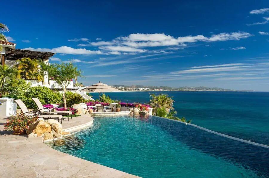 Pool and ocean views at Villa Gloriosa - Photo credit Expedia