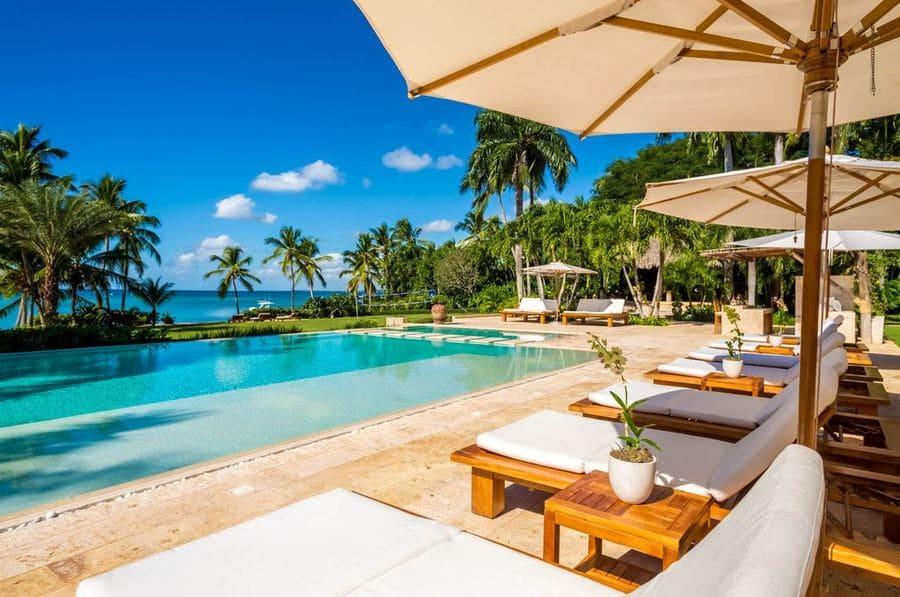 Pool area with ocean views - Photo credit Casa Bahia
