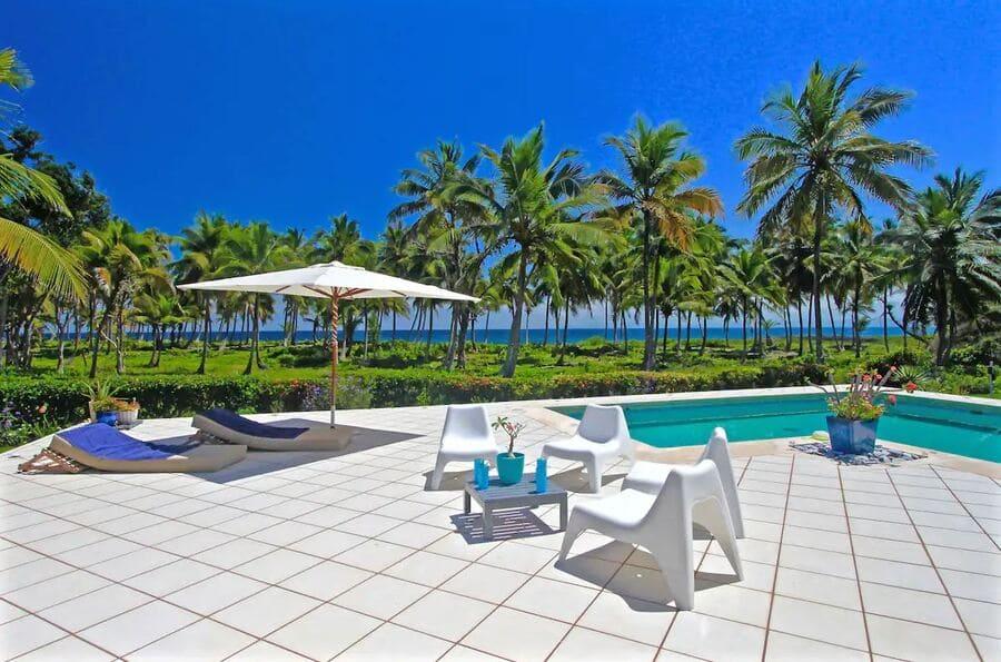 Pool area with ocean views at Villa La Talanquera - Photo credit Expedia